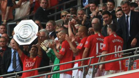 Manchester United merebut trofi Community Shield di Stadion New Wembley (05/08/07) - INDOSPORT