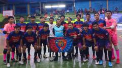 Indosport - Acrab FC Sinjai merayakan gelar juara Liga Futsal Nusantara Sulawesi Selatan (LFN Sulsel) 2019.