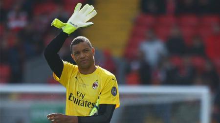 Nelson Dida adalah korban tindakan memalukan suporter Inter Milan. - INDOSPORT