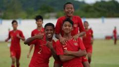 Indosport - Tim nasional U-15 Indonesia melaju ke babak semifinal Piala AFF U-15 2019.