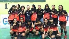 Indosport - Pemain RGC Foundation FC menangis setelah gelar juara LFN Sulsel 2019 'dirampas'.