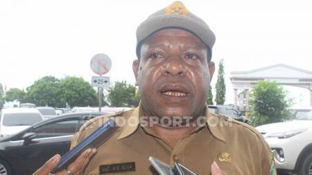 Ketua Pengprov PBSI Papua, Max Olua. - INDOSPORT