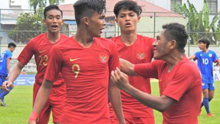 Selebrasi pemain Timnas Indonesia U-18 usai membantau Filipina dengan skor 7-1. - INDOSPORT