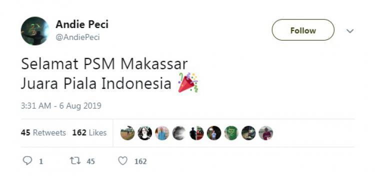 Pentolan Bonek Andie Peci turut mengucapkan selamat ke PSM Makassar usai juara Kratingdaeng Piala Indonesia 2018/2019. Copyright: Twitter