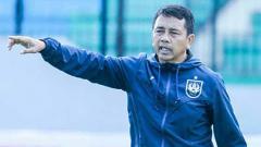 Indosport - Jafri Sastra tak mendampingi PSIS Semarang saat menjamu Persipura Jayapura.