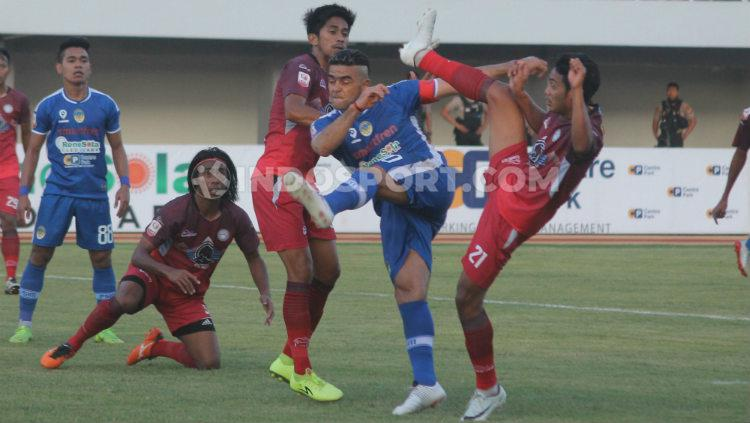 Cristian Gonzales menjadi pahlawan kemenangan PSIM Yogyakarta saat mengalahkan Martapura FC di Stadion Mandala Krida, Kamis (08/08/19). Copyright: Ronald Seger Prabowo/INDOSPORT
