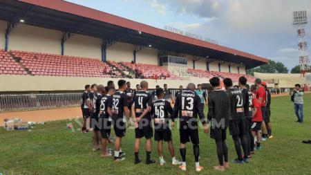 Skuat Persipura Jayapura usai Berlatih di Stadion Mandala. Foto: Sudjarwo/INDOSPORT - INDOSPORT