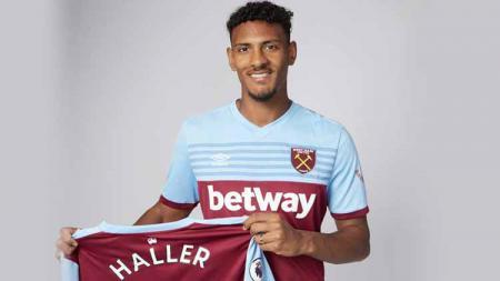 Sebastien Haller striker anyar West Ham United. - INDOSPORT