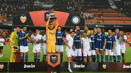 Inter Milan berhasil menjadi juara di turnamen pra musim Trofeo Neranja 2019, Minggu (11/08/19). - INDOSPORT