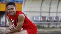 Indosport - Reva Adi Utama saat jalani latihan.