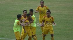 Selebrasi tim Sriwijaya FC di laga Liga 2.