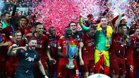 Kegembiraan Liverpool melakukan selebrasi juara Piala Super Eropa setelah menaklukan Chelsea adu penalti. Kamis, (15/08/19) Istanbul, Turkey. Chris Brunskill/Fantasista/Getty Images