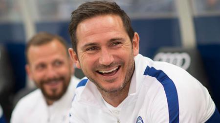 Pelatih Chelsea, Frank Lampard, justru bangga dengan timnya meskipun menelan kekalahan dari Liverpool di pertandingan final Piala Super UEFA 2019. - INDOSPORT
