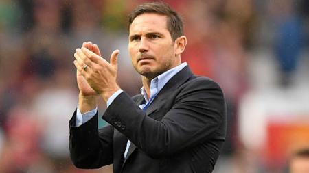 Pelatih Chelsea, Frank Lampard dinilai Paul Ince lebih baik ketimbang pelatih Manchester United, Ole Gunnar Solskjaer. - INDOSPORT