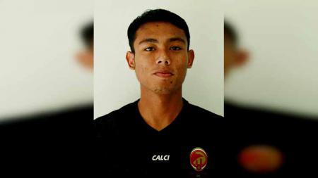 Sriwijaya FC harus merelakan melepas bek Hamdan Zamzani. - INDOSPORT