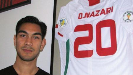 Omid Nazari merasa senang  bisa bergabung dengan klub sebesar Persib Bandung. - INDOSPORT