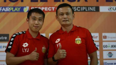 Yeyen Tumena dan Lee Yu Jun. - INDOSPORT