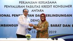 Indosport - Bank bjb melaksanakan penandatanganan perjanjian kerja sama (PKS) penyaluran Kredit Konsumer dengan Badan Nasional Penempatan & Perlindungan Tenaga Kerja Indonesia (BNP2TKI).