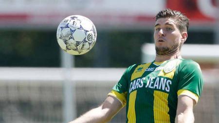 Nick Kuipers mengakui bahwa ia menolak pinangan klub Belanda sebelum bergabung ke Persib Bandung pada paruh kedua Shopee Liga 1 2019. - INDOSPORT