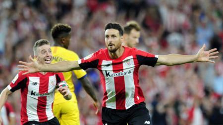 Selebrasi Aritz Aduriz usai membawa Athletic Bilbao menang atas Barcelona berkat gol tunggalnya. - INDOSPORT