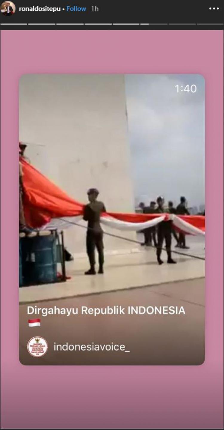 Legenda basket Indonesia, Christian Ronaldo Sitepu turut meriahkan kemerdekaan Indonesia. Copyright: Instagram/@ronaldositepu