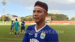 Bek Persib Bandung, Achmad Jufrianto.