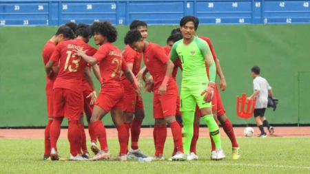 Skuat Timnas Indonesia U-18 saat menghadapi Malaysia U-18 di Piala AFF U-18. - INDOSPORT