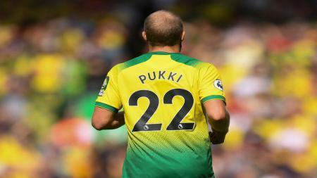Penyerang Norwich City, Teemu Pukki, menempati puncak daftar top skor sementara Liga Inggris bersama winger Manchester City, Raheem Sterling. - INDOSPORT