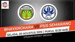 Indosport - Pertandingan Bhayangkara FC vs PSIS Semarang.