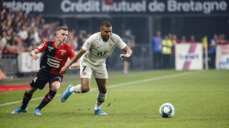 Ada kegemilangan bocah berusia 16 tahun bernama Eduardo Camavinga dalam kekalahan Paris Saint-Germain atas Rennes - INDOSPORT