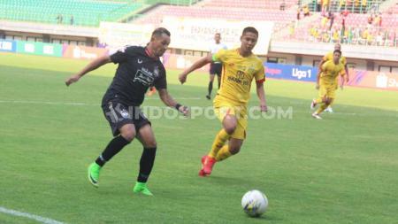 Laga antara Bhayangkara FC vs PSIS Semarang. - INDOSPORT
