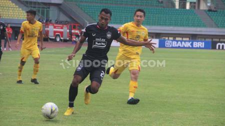 Laga pertandingan antara Bhayangkara FC vs PSIS Semarang. - INDOSPORT