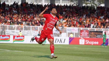 Selebrasi pemain Persija Jakarta, Heri Susanto dan Ramdani usai mencetak gol ke gawang Kalteng Putra di Liga 1 2019, Selasa (20/08/19). - INDOSPORT