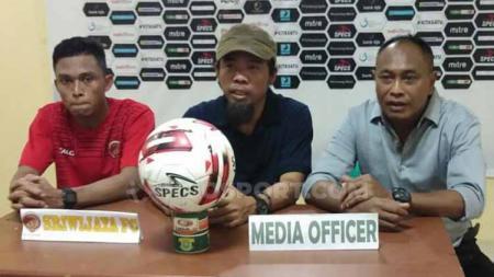 Preskon Sriwijaya FC usai meraih kemenangan lawan Perserang di Liga 2. - INDOSPORT