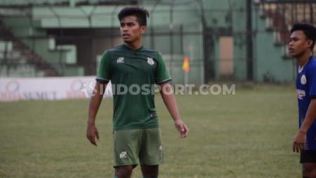 Ujicoba PSMS Medan dengan tim Liga 3 asal Riau, Tiga Naga Pekanbaru, di Stadion Teladan, Medan, Rabu sore. - INDOSPORT