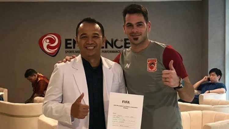 Juan Alsina jalani tes medis bersama Borneo FC. Copyright: borneofc.id