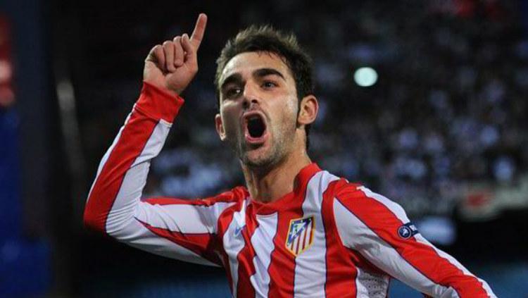 Adrian Lopez, pemain jebolan LaLiga Spanyol Copyright: express.co.uk