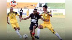 Laga pertandingan Barito Putera vs Persipura Jayapura di Stadion Demang Lehman.