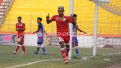 Indosport - Persis Solo berhasil mengalahkan PSBS Biak Numfor dengan skor 3-0 lanjutan pekan ke-19 Liga 2 2019 di Stadion Wilis, Madiun, pada Rabu (9/10/19) sore.