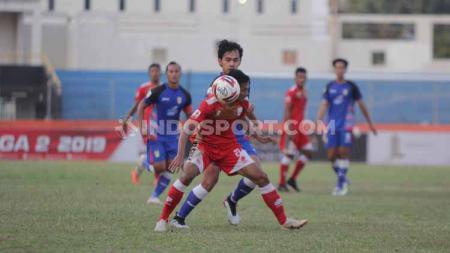 Laga pertandingan antara Persis Solo vs Mitra Kukar, Jumat (23/08/2019). - INDOSPORT