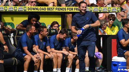 Asisten Frank Lampard di Chelsea, Jody Morris (kiri), membalas sindiran Jose Mourinho yang menganggap remeh The Blues. - INDOSPORT
