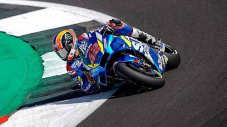 Alex Rins saat mengaspal di Sirkuit Silverstone, MotoGP Inggris 2019. - INDOSPORT
