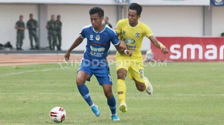 Pemain yang didatangkan dari Semen Padang itu mengalami masalah yakni luka di tumit saat melawan Persiba Balikpapan, Kamis (22/8/19) lalu. - INDOSPORT