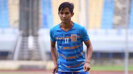 Sempat 'prank' Barito Putera di bursa transfer Liga 1, bek sayap Borneo FC, Abdul Rachman update kondisi cedera. - INDOSPORT