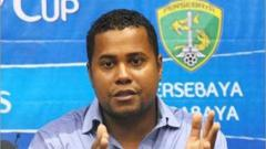 Indosport - Kabar terkini dari Divaldo Alves, pelatih asal Eropa yang membawa berhasil Persebaya Surabaya menjuarai turnamen Unity Cup setelah mengalahkan klub Malaysia.