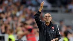 Indosport - Maurizio Sarri mantan pelatih Juventus bersama Massimiliano Allegri jadi kandidat kuat pengganti Paulo Fonseca di raksasa Serie A Liga Italia, AS Roma.