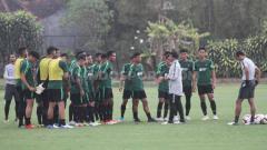 Indosport - Timnas Indonesia U-22 akan memainkan seluruh pemain dalam Trofeo Hamengku Buwono (HB) X di Stadion Mandala Krida, Yogyakarta, Minggu (08/09/19).