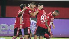 Indosport - Ilija Spasojevic merayakan gol pada laga Bali United vs Borneo FC di Liga 1 2019, Rabu (28/08/19).