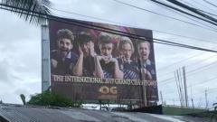 Indosport - Fans Asal Filipina Sewa Sebuah Billboard Demi Rayakan Kemenangan OG di TI 9