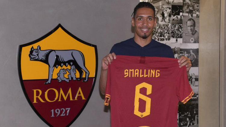 Chris Smalling resmi gabung AS Roma. Copyright: Twitter.com/chirssmalling